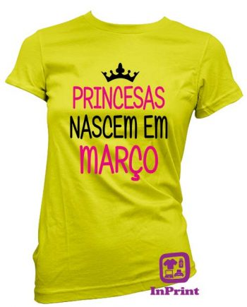 Princesas nascem em-personalizada-estampagem-aveiro-Coimbra-Anadia-roupa-T-SHIRT-SWEAT-HOODIE-sweatshirt-casaco-inprint-comprar-online-T-Shirt-FeMale