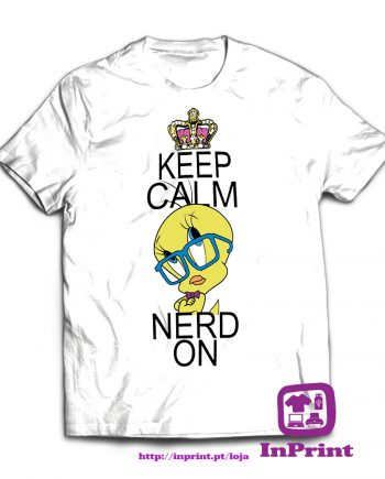 Keep-Calm-and-Nerd-On-estampagem-aveiro-Coimbra-Anadia-roupa-T-SHIRT-SWEAT-HOODIE-sweatshirt-casaco-inprint-comprar-online-personalizado-bordado-T-Shirt-Male