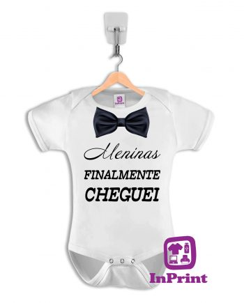 mENINAS-FINALMENTE-CHEGUEI-personalizada-estampagem-aveiro-Coimbra-Anadia-Portugal-roupa-comprar-foto-online-bebe-prenda-mockup-baby-body1